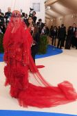 Katy Perry en Maison Margiela por John Galliano